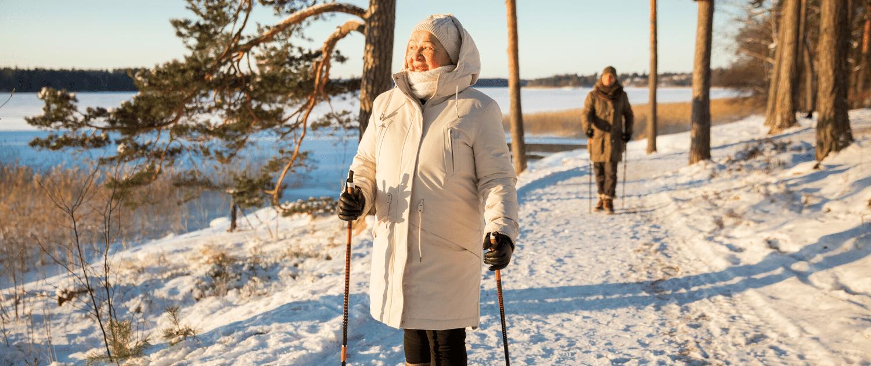 Aîné - marche - hiver - prévention des chutes